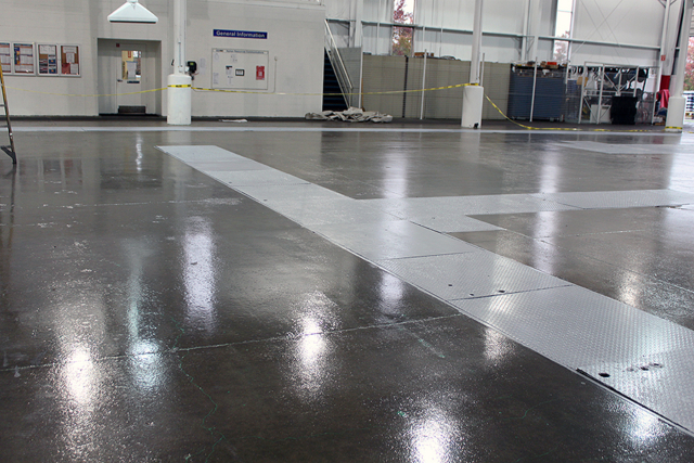 Manufacturing – Polish Floor System